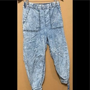 Venice cut Skinny leg jeans
